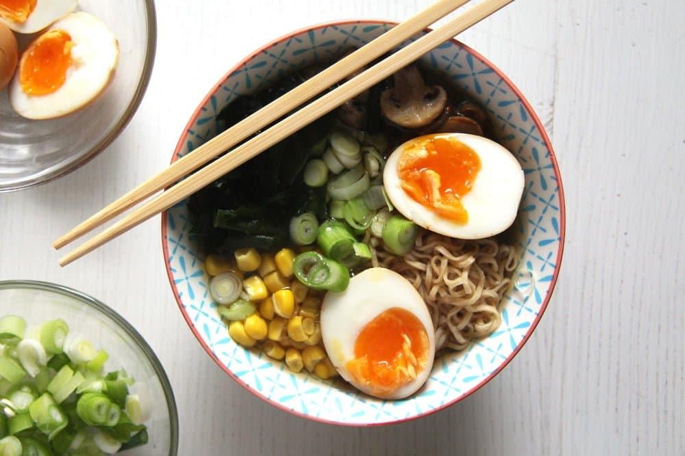 dashi ramen japanese How to Make Dashi and Ramen Soup with Mushrooms and Wakame