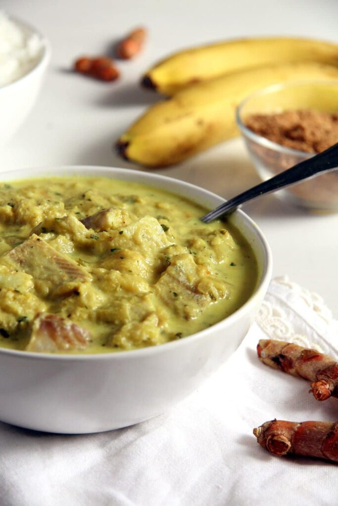 fish curry 683x1024 Sweet and Sour Rhubarb Fish Curry with Bananas and Turmeric