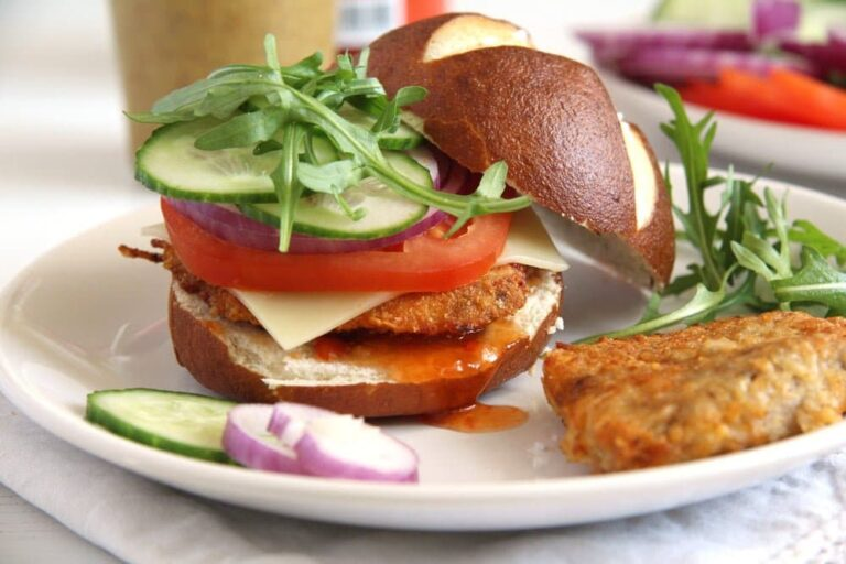 schnitzel oven burger 768x512 How to Make Oven Baked Schnitzel and Schnitzel Burgers
