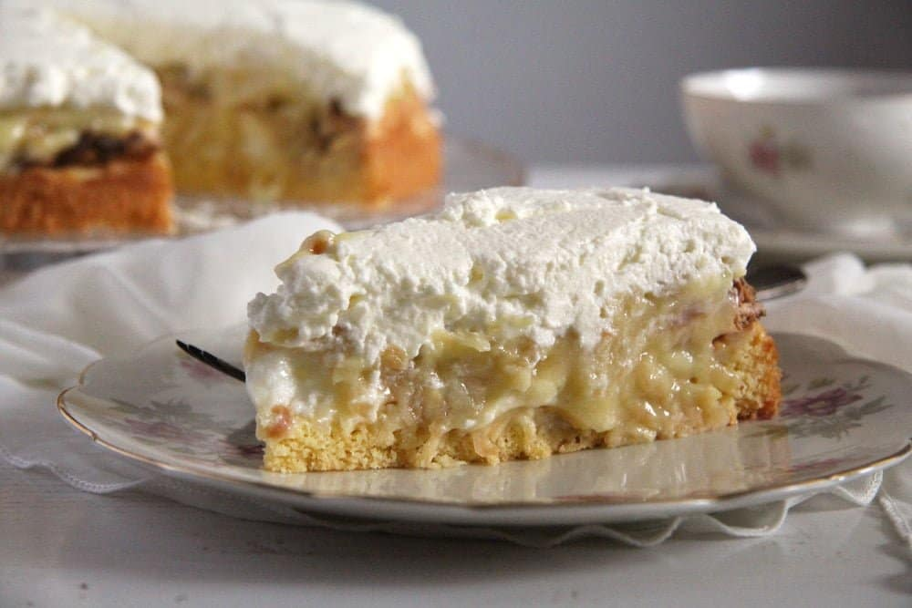 Apple Almond Cream Cake