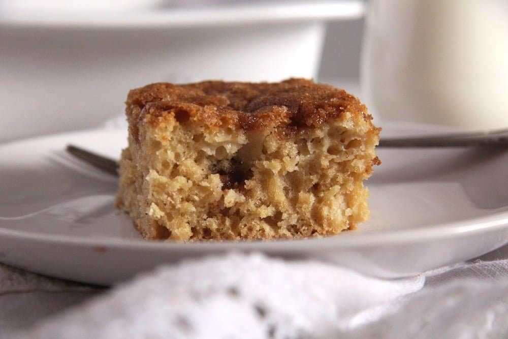 Apple Sugar Cinnamon Cake